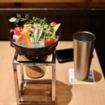 和食バル音音 - 産直野菜のバーニャカウダ