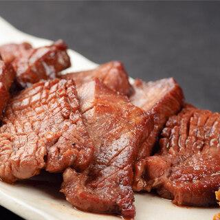 牛肉を様々な調理法でお愉しみいただけます!