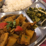 128061749 - 「タルカリ」と「サラダ(青菜炒め)」