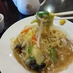 麺や 寿楽 - 料理写真:あんかけ焼きそばの麺