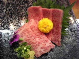 和一里 - 佐賀牛の刺身のアップ ¥1750・平成24年5月