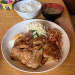 コーヒーショップ キャンディ - 豚肉の生姜焼きライス