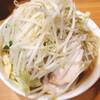 ラーメン二郎 - 料理写真:小ラーメン(790円), ヤサイ・ニンニク