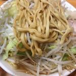 ラーメン二郎 - 小ラーメン(790円)ヤサイ・ニンニク
