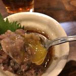 ふなっ子 - 料理写真:いわしユッケ450円。生のいわしを叩いたものに、胡麻油ベースのタレと、うずらの卵黄を絡めていただきます。とてもリーズナブルで、美味しい一品です(╹◡╹)