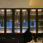 銀座 ハプスブルク・ファイルヒェン - ワイングラスが一杯