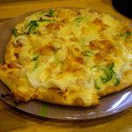 網代一菜 - 料理写真:海鮮ピザ(値段不明)