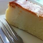 文化亭 - チーズケーキ(日替わりのデザート)