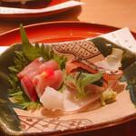 日本料理 つるま - お造りブリと鰆