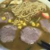 そば松 - 料理写真:カレーラーメン(チャーシュー入り)