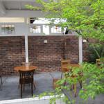 嵯峨野湯 - 大正時代後期に建築された日本建築の銭湯を2006年にリノベーション