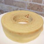 洋菓子工房北いち輪 - 料理写真:バウムクーヘン