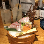 Komefuku - 海鮮刺身盛り 造り3種盛り(サーモン、はまち、鯛)