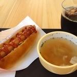 古子路 - 料理写真:【リニューアル後】セット(ホットドッグ、スープ、ドリンク) ¥550