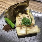 快食倶楽部 万年 - 新竹の子、焼。とうもろこしのような甘い香りと風味。こんな甘い竹の子初めて食べた!