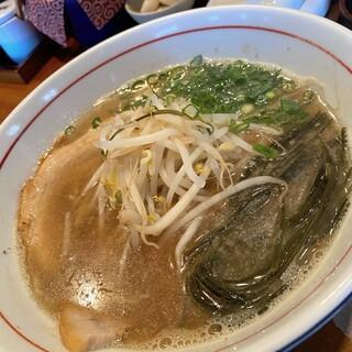 新広島 らーめん 味喜 - 料理写真:あごだし醤油