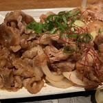 海家食堂 - ピリ辛で甘めの味付けの焼肉。ご飯がすすみます。