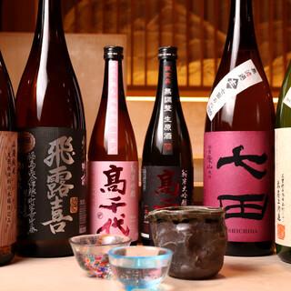 <15種類>以上の日本酒の中には希少な美酒や季節のおすすめも