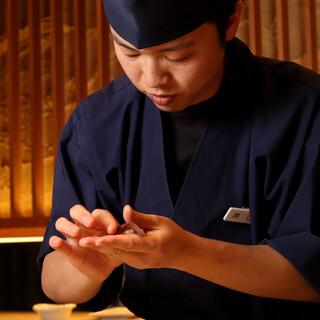 お米・酢・ネタ。選りすぐりの素材を使った寿司を気負うことなく