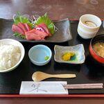 せとうち海の駅 - 料理写真:本マグロのお造り定食(1,600円)