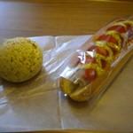 サンメリー - 黒ゴマチーズケーキ ジャンボフランクドッグ
