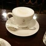 128181090 - ふわふわカフェオレ。オリジナルカップ、いいね