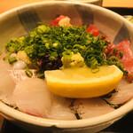 128181436 - 海鮮丼(1,380円)