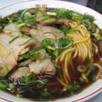 新福菜館 本店 - 肉多目 850円