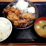 まぐろユッケ丼と定食 三崎屋 - 料理写真:自家製唐揚げ定食