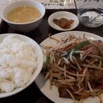 金廣源 - 料理写真:レバニラ定食 780円