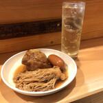 博多のおでん - 料理写真:『すじバクダン&えのき※ウィンナー』しゃんにシュワシュワたい♪
