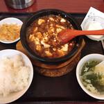 純中国伝統料理四川料理 芊品香 - ランチ・麻婆豆腐セット  850円(税込)
