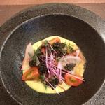 サカナザ・マエダ - このホタルイカの前菜バカウマw アスパラのソースとなんかのジュレ、キャビアの塩気とホタルイカが絶妙なマリアージュ♡