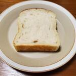 128220172 - 食パン