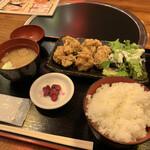 水炊き・焼鳥 とりいちず酒場 - 一途な鶏唐揚げ定食
