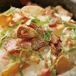 松阪牛焼肉 M - 【石鍋ガーリックライス】ガーリックスライスとバターが香ばしい1品です