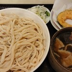 武蔵野 伝統の味 涼太郎 - 料理写真:肉汁つけ麺LL¥660+カボチャ天¥50