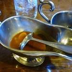 レストラン くるる - ミックスグリルセットのソース2種