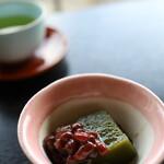 島別荘 悠月 - 料理写真:チェックイン時のお菓子