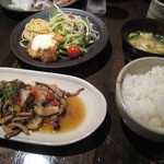 朱瑠璃 - 白身魚のキノコソースランチ2012、5