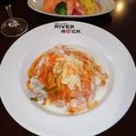 グリルカフェ RIVER ROCK - 料理写真:旨い‼️生パスタクリーミーナポリタン✨