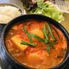 てじ韓 - 料理写真:国産牡蠣チゲランチセット¥990(税込) サラダとライス付き