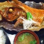 和さび地魚料理 - 『本日の魚の煮付御膳』金目鯛でした