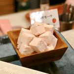 フライヤーズテーブル - 苺のギモーブ@ココナッツファインをまぶされた春らしい苺マシュマロ