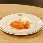 フライヤーズテーブル - 苺のクレ-プシュゼット@お皿の五七桐紋を正面にしてみました