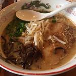 128282371 - とんこつ味噌麺炙りチャーシュー1枚                       by masakun