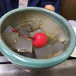 はとやお好み焼店 - 黒蜜寒天 ¥350