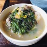九十九里 麺ドラゴン - ご飯にスープをかけて食べる!激ウマ!