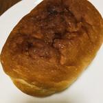 シゲパン - 塩バターパン   ¥130なり