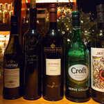 アルジャーノン シンフォニア - 今回いただいたシェリーの数々。ワインクーラーには、まだまだ種類があるという
